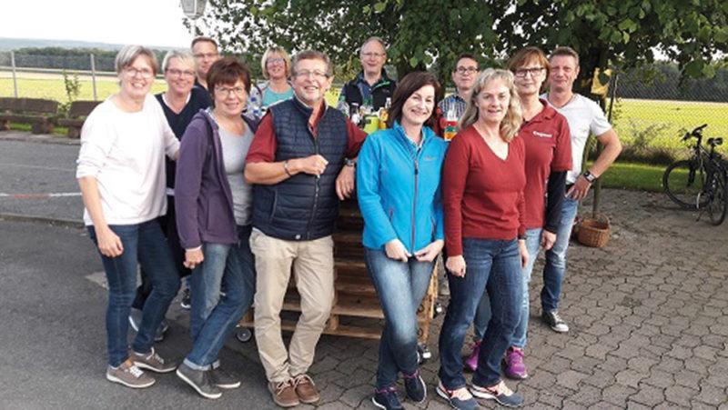 Nordic Walking unter der Leitung von Willi Kietsch